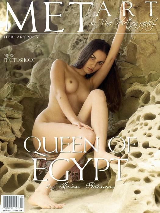 长的像埃及王后的名模Alyssa山岩外拍