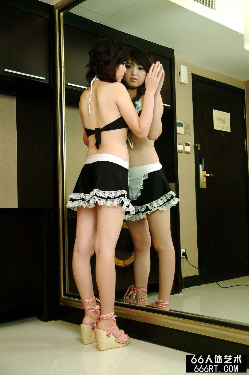 嫩妹布娃娃07年11月10日情趣装棚拍人体