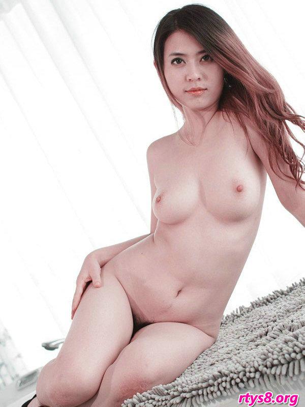 张筱雨人体模特图片_棚拍白嫩丰润的人体嫩模二妞