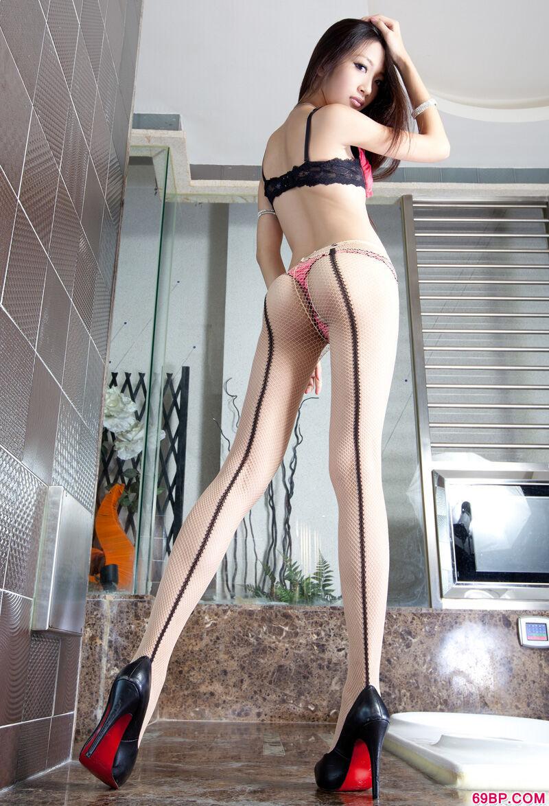 长腿美模Susan潮流肉丝人体写照